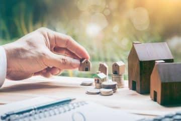 Maisons miniatures en bois et pièces
