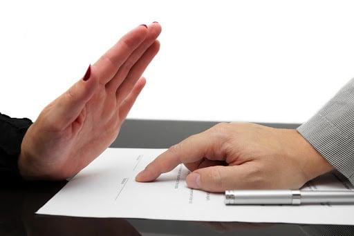 manière de réslier un contrat