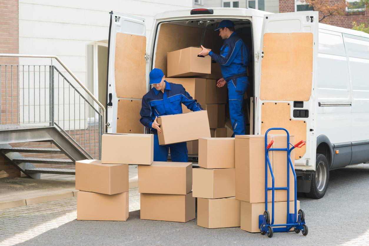 Chargemet d'un camion de déménagement